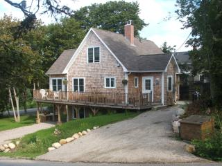 3 Bedroom Cape Style home. - Chester vacation rentals