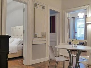 Full of character, with frescoes, in Galata - Istanbul vacation rentals