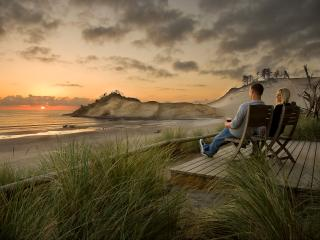 Luxury Ocean-front Suites on the Oregon Coast... - Pacific City vacation rentals