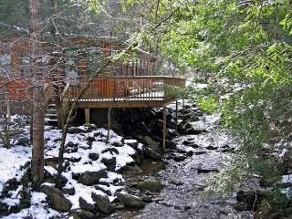 Gatlinburg creekside cabin  Norton Creekside 197 - Sevierville vacation rentals