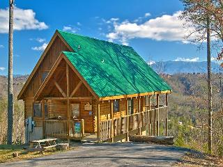 4 bedroom cabin near Dollywood with great mountain views   #405 - Sevierville vacation rentals