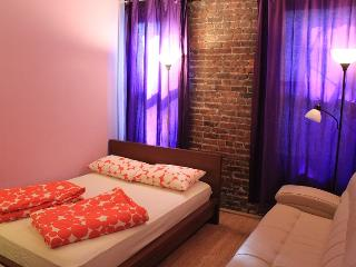 Sweet Times 2BDR on 41st #1 - New York City vacation rentals