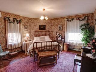 Maids Quarters - Bellefonte vacation rentals