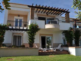 Townhouse Oliveira - Moncarapacho vacation rentals