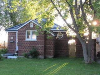 Cook's Bay Getaway - Cozy Cottage On Lake Simcoe - Lake Simcoe vacation rentals