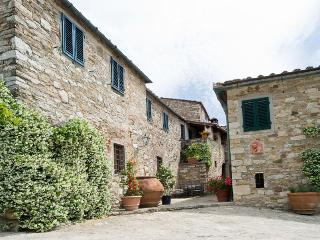 Filigrano - Filigrano B - San Donato in Poggio vacation rentals