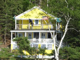 Moose & Squirrel Cottage at water's edge - Little Deer Isle vacation rentals