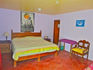 Junior Suite king & single Beds plus Big bathroom - San Cristobal de las Casas vacation rentals