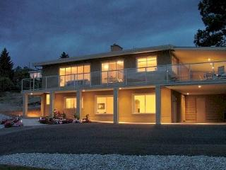 Escape To Beautiful Lake Okanagan! - Westbank vacation rentals