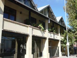 The Fremantle Town house - Beaconsfield vacation rentals