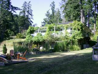 Fuldord Dunderry Guest House - Salt Spring Island vacation rentals