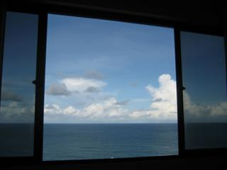 Top-floor penthouse with ocean views, free wi-fi - State of Pernambuco vacation rentals