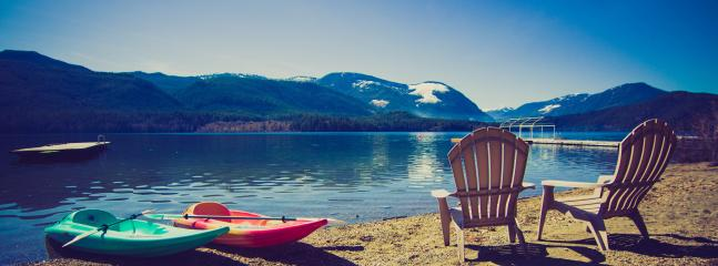 Lakefront view in Spring - Serenity Woods at Sproat Lake, Port Alberni, BC - Port Alberni - rentals