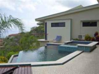 Infinity pool over Pacific Ocean  - Spy Glass House with guest house and ocean views - Guanacaste - rentals