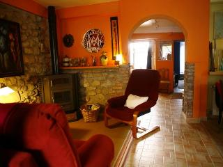 Lovely 3 bedroom house on small coast village. - Ruiloba vacation rentals