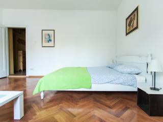Bright and cozy - Zagreb vacation rentals