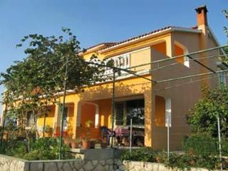 Apartment for 5 persons near the beach in Rab - Lopar vacation rentals