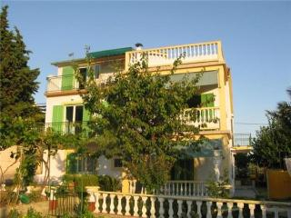 Apartment for 7 persons near the beach in Rab - Kampor vacation rentals