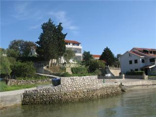 Apartment for 9 persons near the beach in Rab - Kampor vacation rentals
