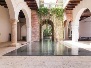 Luxury 7 Bedroom House in Old Town - Cartagena District vacation rentals