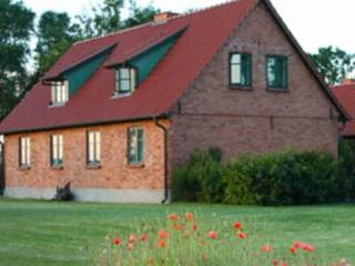 Vacation Home in Ummanz - 861 sqft, idyllic, quiet, comfortable (# 3792) - Stralsund vacation rentals