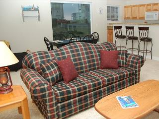 Peaceful park view, pet friendly corner Condo - Westport vacation rentals