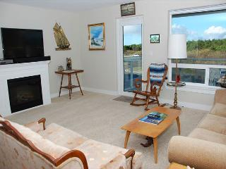2 Bedroom Cozy Condo - Westport vacation rentals