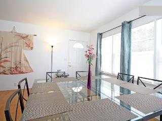 2BR Quiet, private near Gaslamp, Convention, Zoo - San Diego vacation rentals