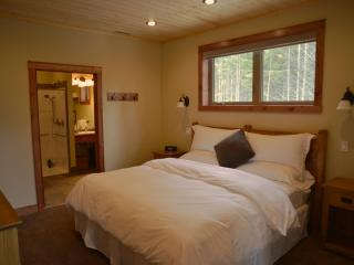 Mountain View Chalet - Golden vacation rentals