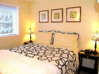 Garden Suite in North Vancouver - Vancouver vacation rentals