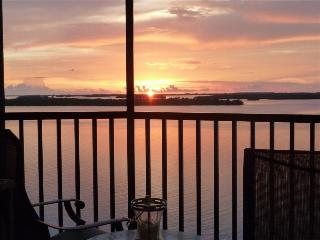 Bay View Tower #733 - Sanibel Harbour Resort - Fort Myers vacation rentals