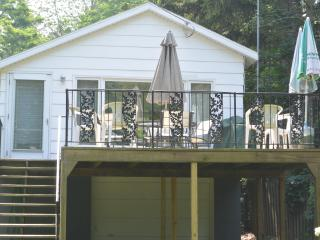 White Caps Cottage - Lakeside,MI - Southwest Michigan vacation rentals