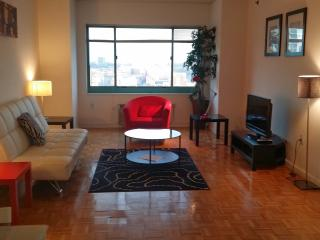 Manhattan Views, High Rise, Waterfront 1 bed room - Greater New York Area vacation rentals