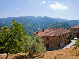 La Balconata - House to rentl in Tuscany - Bagni Di Lucca vacation rentals