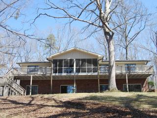 Town & Country - Maginificent Lake Lanier Home - Gainesville vacation rentals