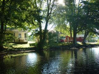 Backlund's Waterfront Cottage - Connecticut vacation rentals