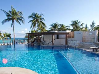 Ocean Dream Nice Beachfront First Row Studio! - Cabarete vacation rentals