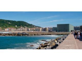 Paseo Nuevo | Waterfront & close to Zurriola beach - San Sebastian - Donostia vacation rentals