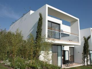 Deluxe Townhouse Two Rooms - Obidos vacation rentals