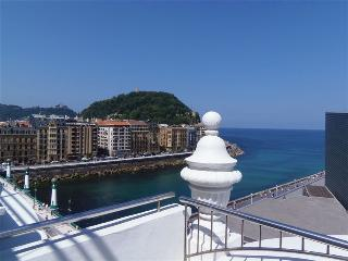 STARS::Kursaal Hall, Seafront 70 sqm apt 2p. - Basque vacation rentals