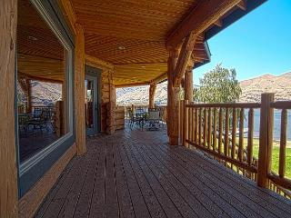 Lake Entiat 5 Bedroom Custom-Built Log Waterfront Home - Manson vacation rentals