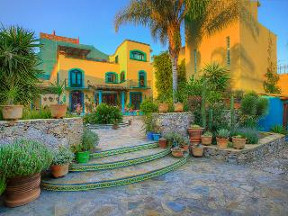 Take a look at this Gem - San Miguel de Allende vacation rentals