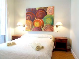 RIVER::S-Sebastian Center Family apt. Pet-Friendly - San Sebastian - Donostia vacation rentals