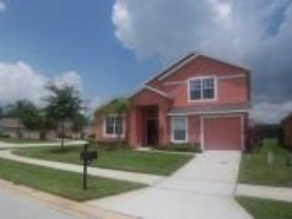 Located on semi rural community with lake view - Disney vacation rentals