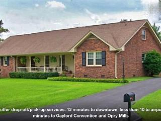2-4-6 BR sleeps 12+, accommodates larger groups-near airport, downtown & Opry - Nashville vacation rentals