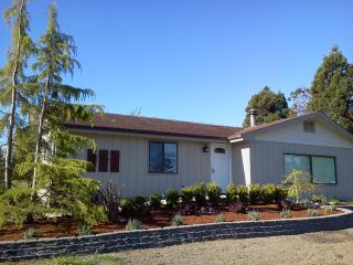 Stay at the COTTAGE in Beautiful Sunny Sequim! - Sequim vacation rentals