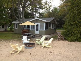 Beach Bum Escape - Oscoda vacation rentals
