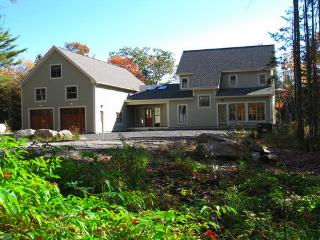 Mid Coast Maine Apartment with Garage and Patio - Bremen vacation rentals