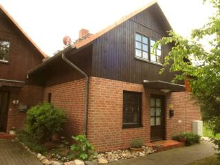 Vacation Home in Scharbeutz-Klingberg - 1033 sqft, comfortable, cozy, clean, modern (# 3808) - Scharbeutz vacation rentals