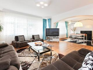 Amazing Vacation Apartment  2br  8 Pax Next To Beach - Istanbul vacation rentals